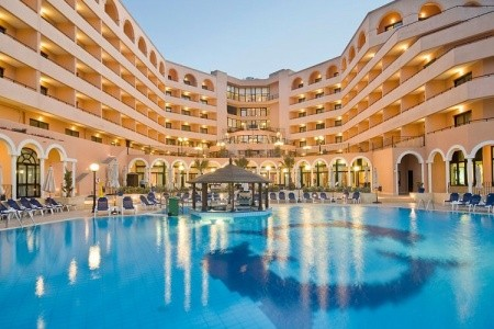 Radisson Blu Resort St. Julian's - super last minute