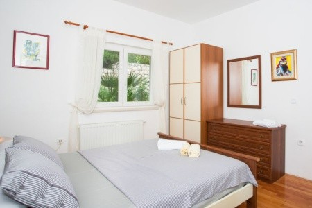 Apartmani Niko Chorvatsko Orebič last minute, dovolená, zájezdy 2018