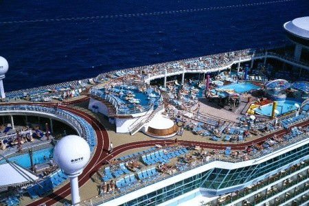 Usa, Kajmanské Ostrovy, Mexiko Na Lodi Adventure Of The Seas - 393872388