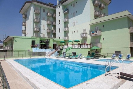 Hotel Vianello *** S Bazénem