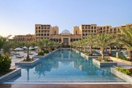 Ibis Al Barsha, Hilton Resort & Spa Ras Al Khaimah, Spojené arabské emiráty, Dubai