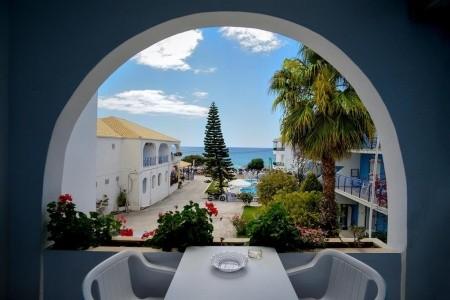 Hotel Vrachos Beach