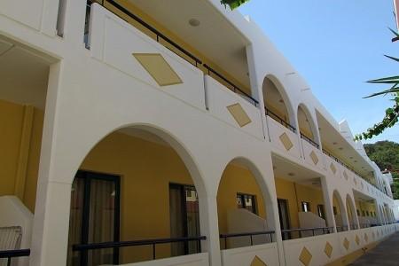 Aparthotel Stegna Star