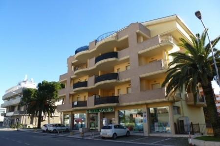 Residence Le Palme - Alba Adriatica - Last Minute a dovolená