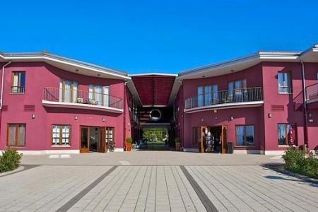 Hotel Nautica - letní dovolená