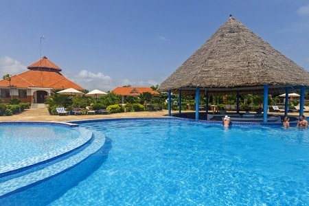 Hotel Azao Resort & Spa