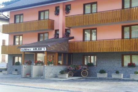 Residence Ables Se Skipasem - Free Ski - podzimní dovolená