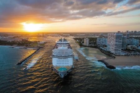 Usa, Svatý Kryštof A Nevis Z Miami Na Lodi Symphony Of The Seas - 393864552