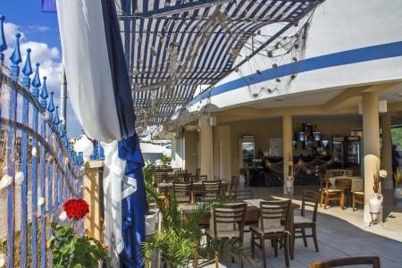 Family Hotel Korab Renesa - dovolená
