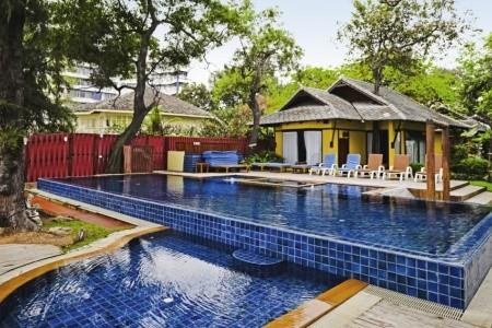 Baan Talay Dao Resort Snídaně