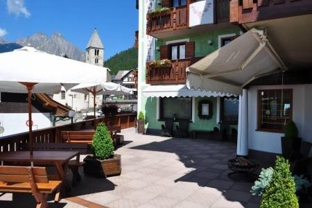 Hotel La Montanara - Last Minute a dovolená