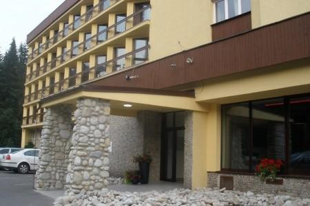 Hotel Pieris