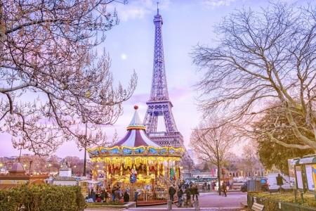 Disneyland ve Francii s foto pauzou u Eiffelovy věže (bez ub - disneyland