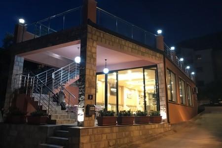Vila El Mar Garden - Dotované Pobyty 50+ - hotel