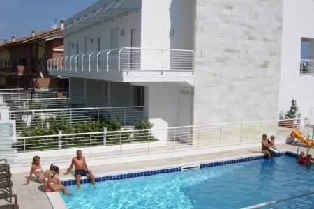 Residence Cerrano Park Resort - Last Minute a dovolená