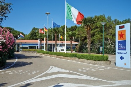 Villaggio Camping Baia Domizia S Bazénem - Last Minute a dovolená