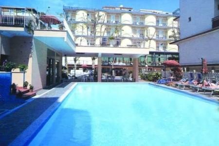 Hotel Susy - plná penze