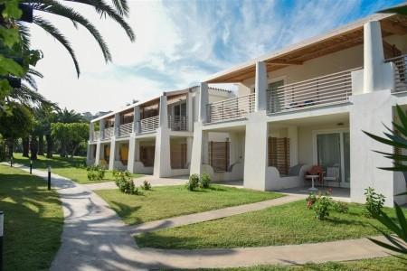 Hotel Villaggio Baia Del Sole