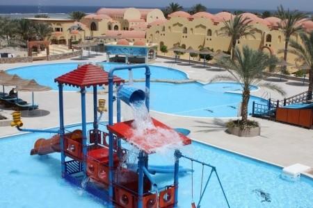 Marina Beach Resort - u moře