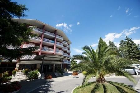 San Simon Resort Haliaetum / Mirta, Slovinsko,