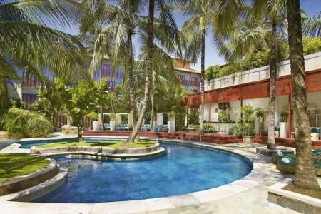 Hard Rock Hotel Bali Snídaně