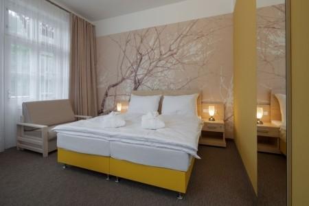 Lázeňský Hotel Terra - Janské Lázně v říjnu