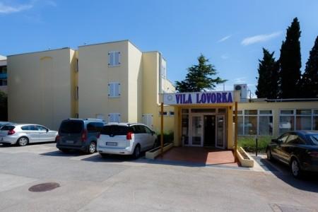 Villa Lovorka - autobusem
