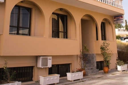 Aparthotel Erietta - v září