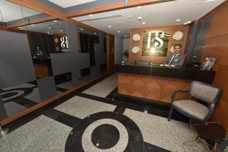 Hotel Four Seven - levně
