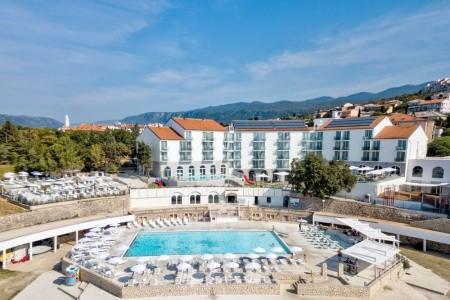 Hotel Lišanj S Bazénem