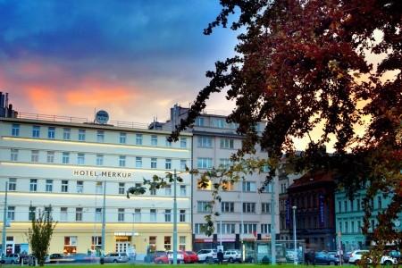 Hotel Merkur - v srpnu