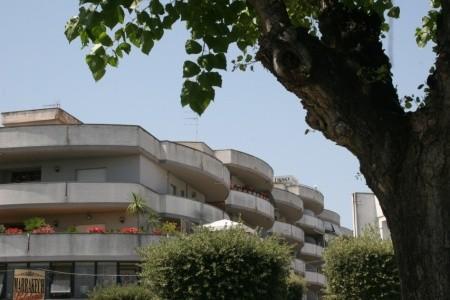 Residence Adam'S Apple - Alba Adriatica - Last Minute a dovolená