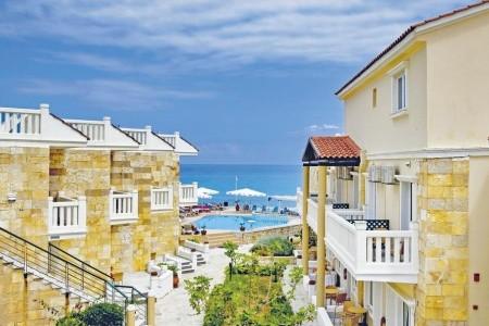 Jo-An Beach Hotel - letecky z prahy