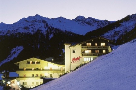 Hotel Berghof - Crystal Spa & Sports - Zillertal 3000 / Hintertux  - Rakousko