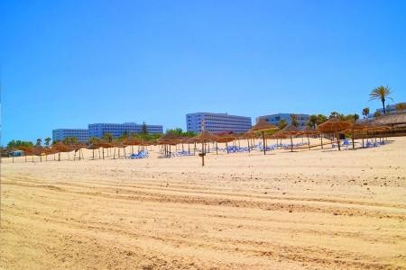 Hotel Club Tropicana & Kids Aquapark