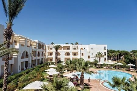 Delfino Beach Resort & Spa