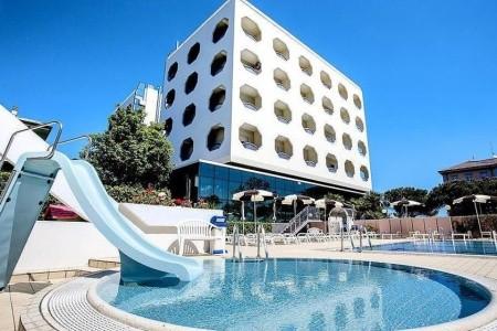 Hotel San Pietro**** - Cesenatico, Itálie, Emilia Romagna