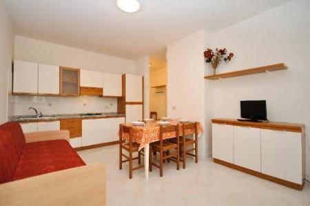 Condominio Casa A Schiera - v květnu