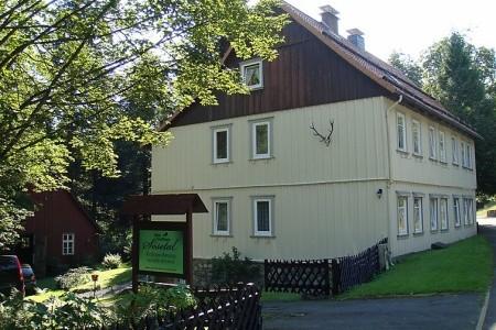 Altes Forsthaus Sösetal - v prosinci