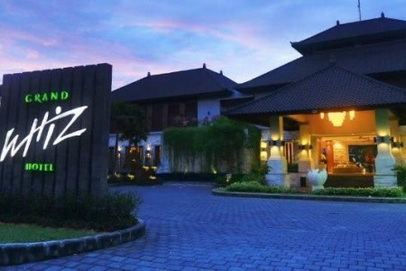 Grand Wizz Nusa Dua Snídaně