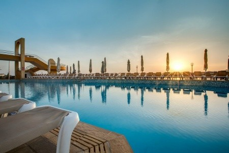 Hotel Seashells Resort At Suncrest - Last Minute a dovolená