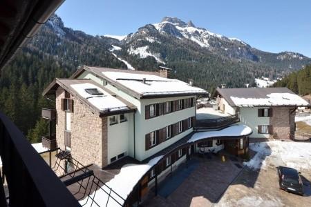 Hotel S. Maria Ad Nives
