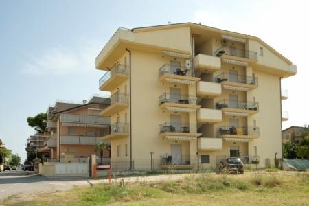 Residence La Perla - Alba Adriatica - Abruzzo v červenci - Itálie