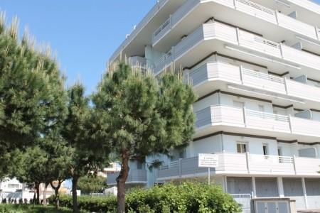 Residence Pompeo - Alba Adriatica - Abruzzo v červnu - Itálie