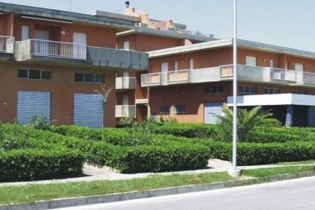 Residence Gabbiano - Martinsicuro - Villa Rosa - Abruzzo v červnu - Itálie