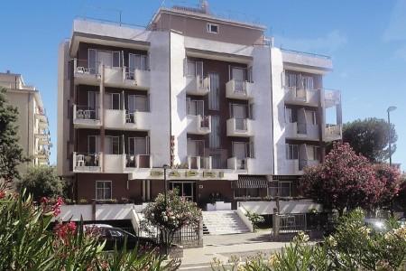 Hotel Capri*** - Pietra Ligure