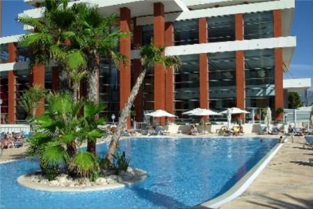 Hotel Levante Club & Spa - letecky z budapešti