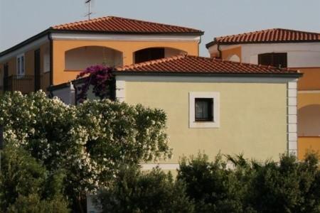 Rezidencia I Mirti Bianchi & Le Pavoncelle