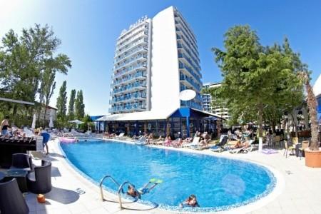 Hotel Palace - polopenze