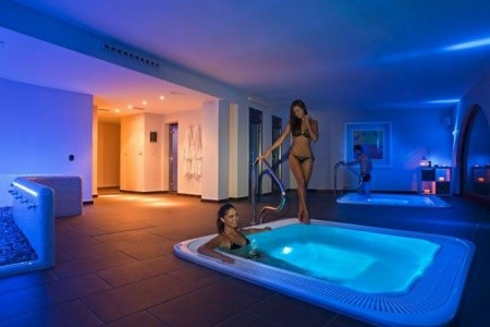 Costa Blanca - Hotel Pueblo Acantilado 4* - Last Minute a dovolená